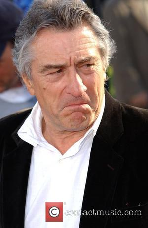 De Niro Stays Out Of The Kitchen