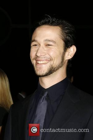 Gordon-levitt Used Pearl Jam To Get Into Dark Space