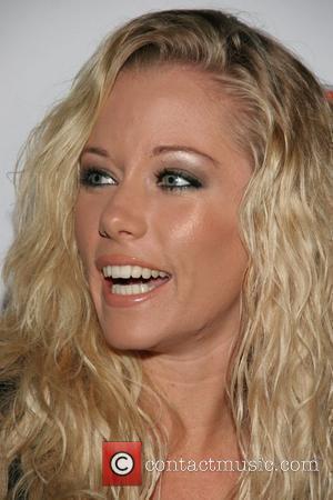 Kendra Wilkinson Strikeforce, held at the Playboy Mansion Los Angeles, California - 29.09.07