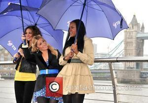 Late Sugababes Booed By Crowd