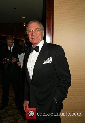 Director Pollack Dies