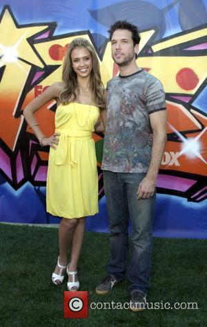 Jessica Alba and Dane Cook