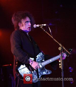The Cure Call On Fans To Boycott Itunes Ep Download