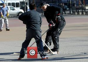 Tim Robbins playing street hockey in SoHo New York City, USA - 23.03.08