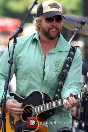 Toby Keith performs on CBS ' The Early Show ' Summer Concert series New York City, USA - 18.06.07