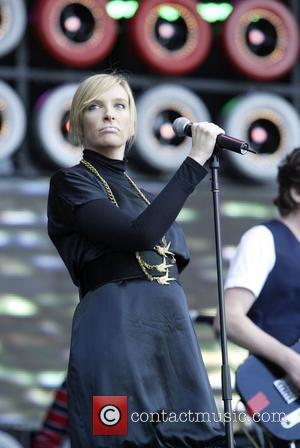 Live Earth, Aussie Stadium, Toni Collette