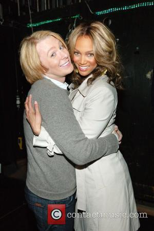 Clay Aiken helps talk show host Tyra Banks celebrate her 500th episode by giving her audience tickets to Spamalot! New...