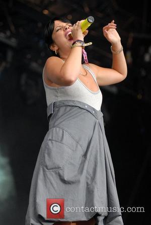 Lily Allen, V Festival