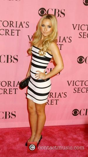 Hayden Panettiere 12th Annual Victoria's Secret Fashion Show - Arrivals held at the Kodak Theatre Hollywood, California USA - 15.11.07