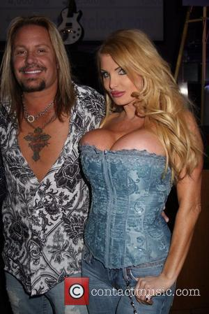 Vince Neil and Taylor Wane