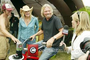 Sir Richard Branson and Darryl Hannah