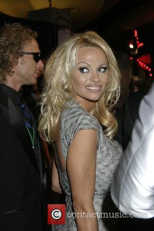 Pamela Anderson, Las Vegas and Mtv