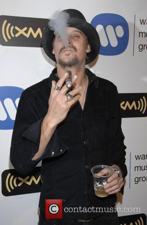 Kid Rock In Comedy Brawl At Amas