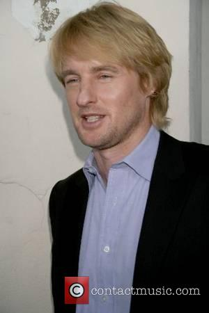 Owen Wilson Go-goes For Dancer