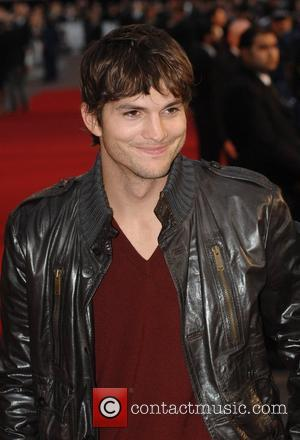 Kutcher Signs New Tv Deal