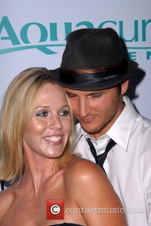 Jennie Garth and Peter Facinelli