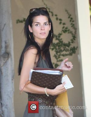 Angie Harmon on her way to a business meeting West Hollywood, California - 30.05.08