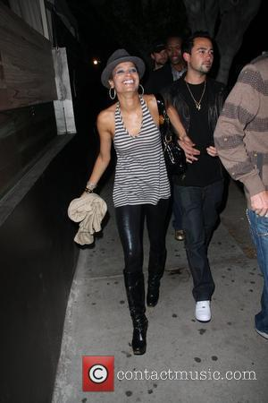 Blu Cantrell leaving Apple Bar Los Angeles, California - 23.09.08
