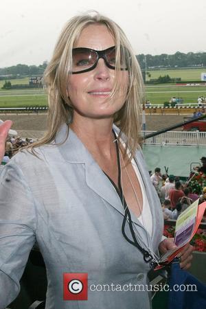 Bo Derek  Horse Racing at Belmont Park  New York City, USA - 08.06.08