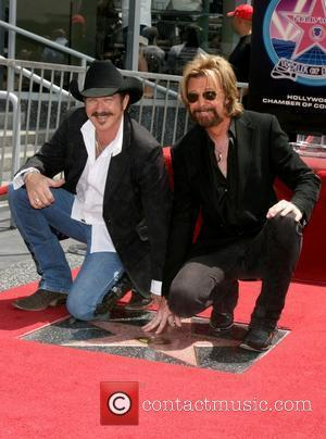 Kix Brooks & Ronnie Dunn Brooks and Dunn receive a star on the Hollywood Walk of Fame on Hollywood Blvd...
