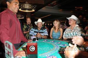 Carmen Electra and members of the Seminole Indian Tribal Council