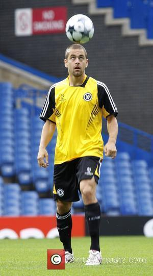 Joe Cole Chelsea training at Stamford Bridge ahead of the game against Bordeaux London, England - 15.09.08
