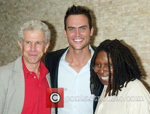 Tony Roberts, Cheyenne Jackson, Whoopi Goldberg Broadway hunk Cheyenne Jackson is inducted onto the Wall of Fame with a painting...