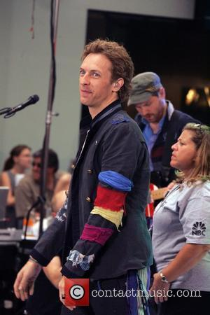 Chris Martin Bigs Up Nickelback