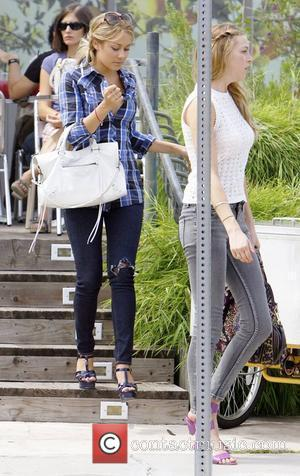 Lauren Conrad and Whitney Port filming MTV's 'The Hills' in Beverly Hills Los Angeles, California - 29.08.08
