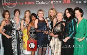 Eva Mendes, Annette Bening, Debra Messing and Meg Ryan