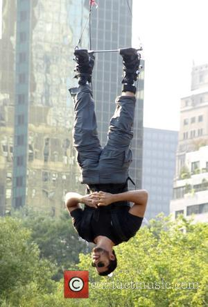 David Blaine Back To Earth After 60-Hour Upside Down Stunt