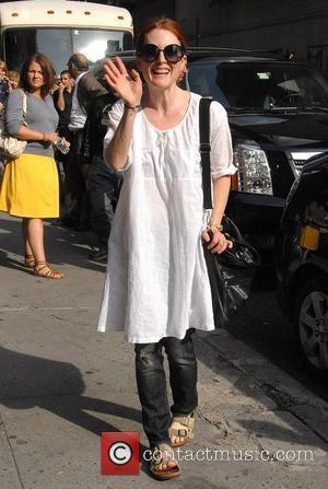 Julianne Moore, David Letterman, CBS