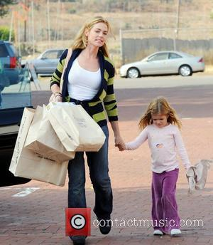 Denise Richards goes shopping with her daughter in Malibu California, USA - 12.09.08