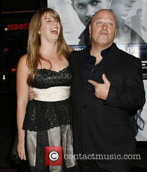 Michael Chiklis Los Angeles Premiere of 'Eagle Eye' - held at Grauman's Chinese Theatre - Arrivals Los Angeles, California -...