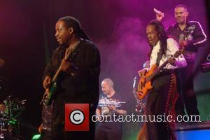 Earth, Wind, & Fire performing live at Chumash Casino Resort Santa Barabara, California - 19.06.08