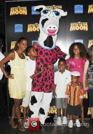 Holly Robinson Peete, Family and Directors Guild Of America