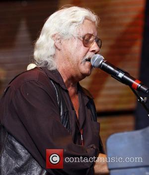 Arlo Guthrie's Wife Dies
