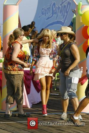Miley Cyrus on the film set of 'Hannah Montana: The Movie' Los Angeles, California - 15.07.08
