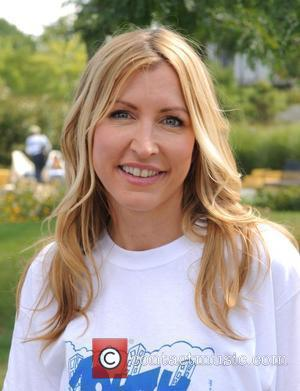 Heather Mills to donate one million in food to help children of Hunts Point. New York, USA - 20.09.08
