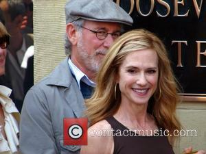 Steven Spielberg and Holly Hunter