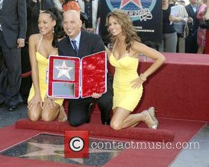 Howie Mandel and Deal or No Deal Girls Howie Mandel is honored with a star on the 'Hollywood Walk of...