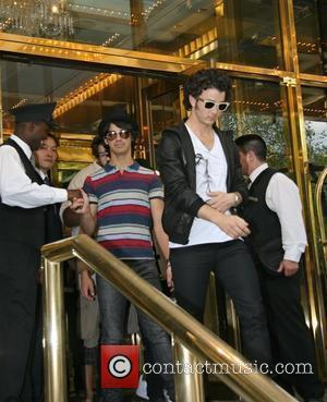 Joe Jonas, Kevin Jonas and Manhattan Hotel