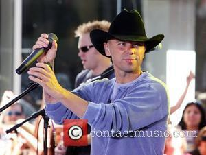 Kenny Chesney performs live on 'The Today Show Concert Series' at Rockefeller Plaza New York City, USA - 13.06.08