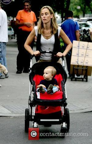 Actress Kim Raver takes her baby boy Leo Boyer for a stroll in Manhattan New York City, USA - 13.09.08