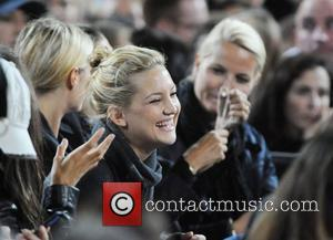 Kate Hudson, Wembley Stadium, Gwyneth Paltrow