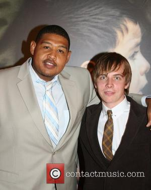 Omar Benson Miller, Guest Spike Lee Joint premiere of Miracle at St. Anna held at the Ziegfeld Theatre - Arrivals...