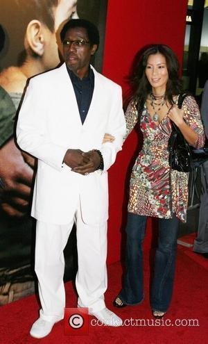 Wesley Snipes, Nakyung (Nikki) Park Spike Lee Joint premiere of Miracle at St. Anna held at the Ziegfeld Theatre -...