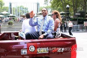 Dave Winfield and family 2008 MLB All-Star Week - Red Carpet Parade on 6th Avenue New York City, USA -...