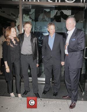 Linda Bruckheimer, Gary Sinise, Jerry Bruckheimer and Jon Voight