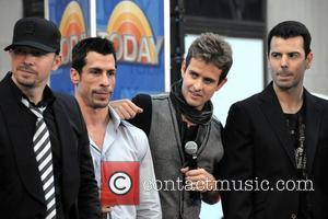 Donnie Wahlberg, Danny Wood, Joey Mcintyre and Jordan Knight